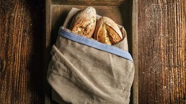 Hofer_bread_kruh_food_styling