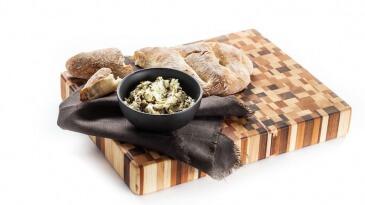 Panvita_food_styling_food_bread_tapenade