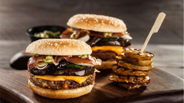 Panvita_food_styling_food_grilled_hamburger