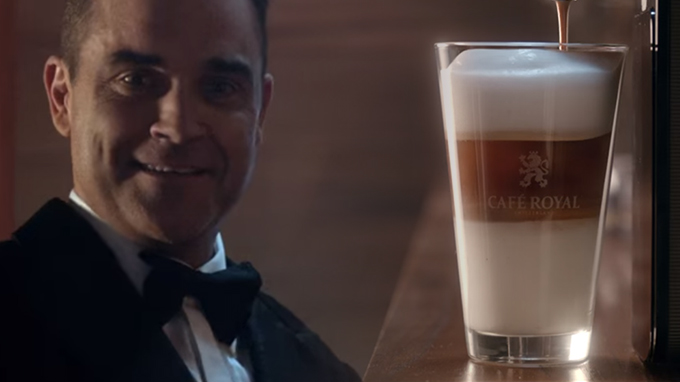 Café Royal – Latte macchiato